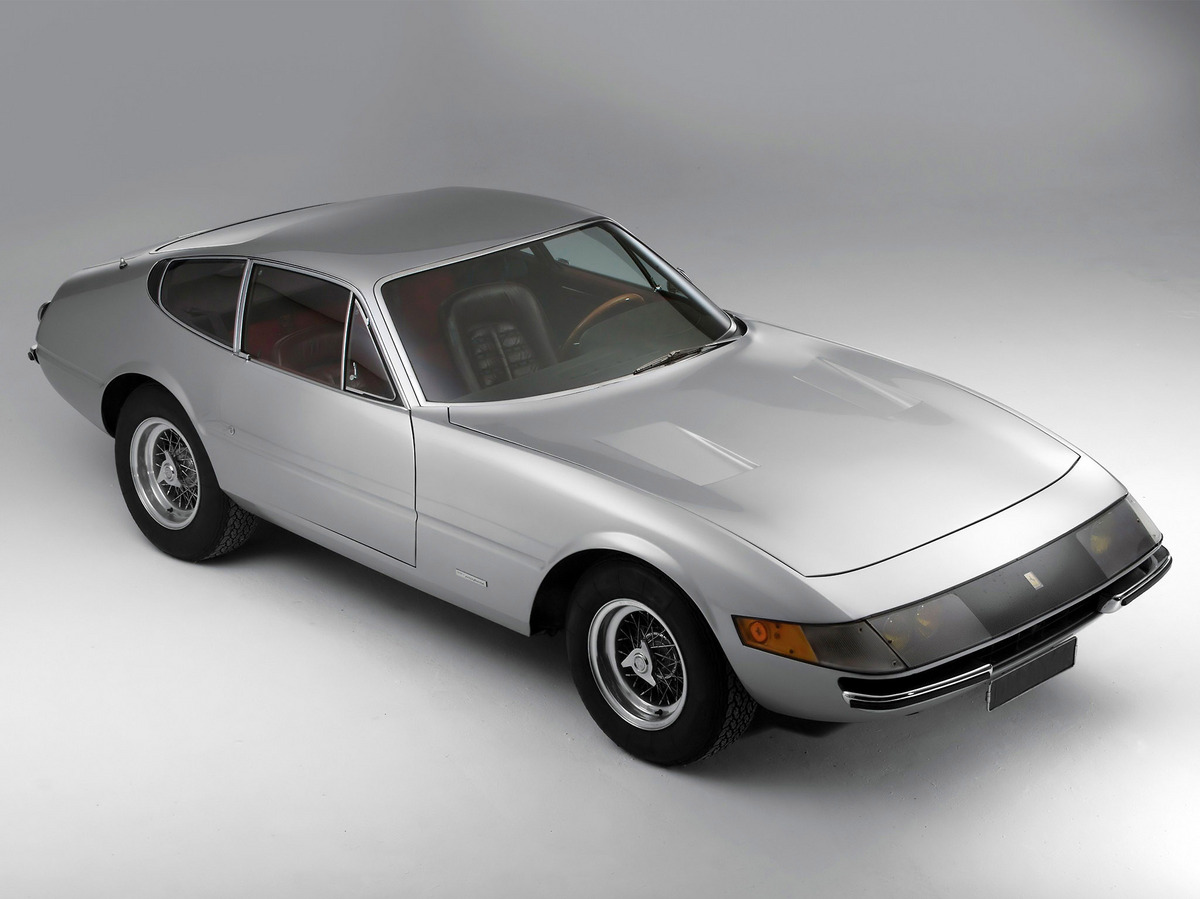 365-GTB4-Daytona-3.jpg