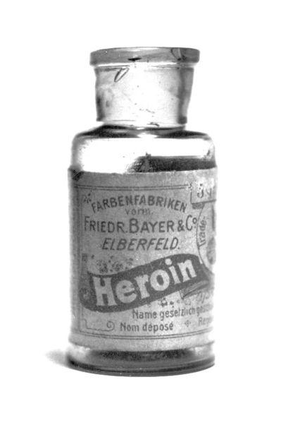 409px-Bayer_Heroin_bottle.jpg