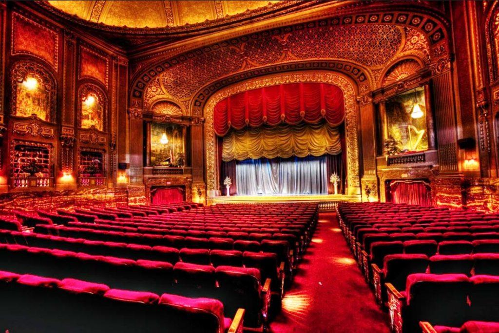 theatre_interior_01.jpg