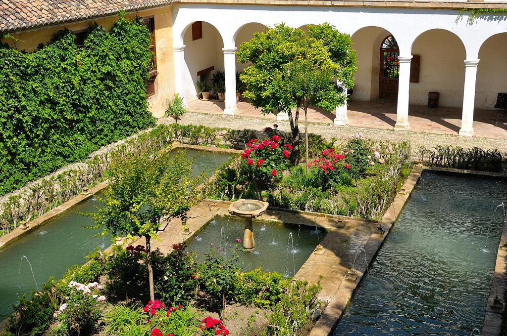 Prudyi_Sadyi_Heneralife_Granada.jpg
