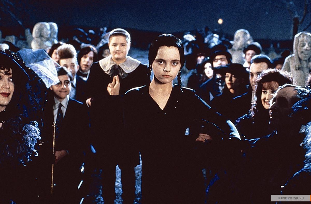 kinopoisk.ru-The-Addams-Family-1281184.j
