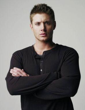 actor_JensenAckles_bcvNwykngJTPXRm.jpg