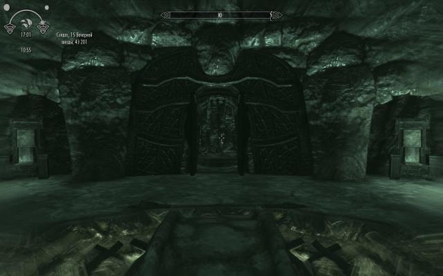 Двери во внутрь склепа