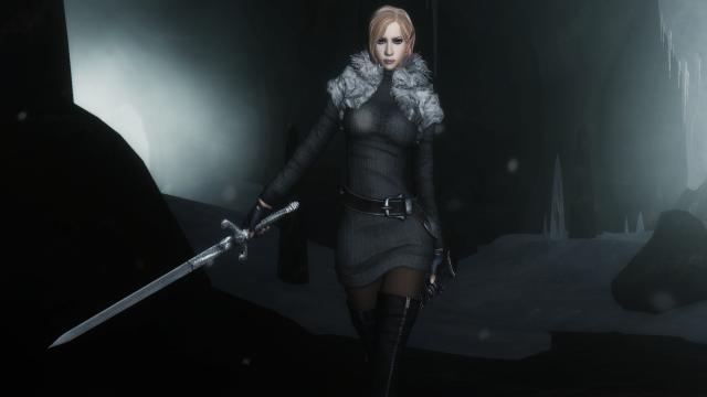 Девушка с серебряным мечом