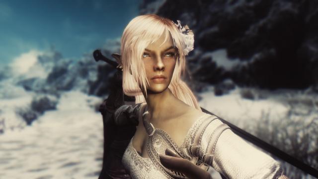 Эльфийская воительница