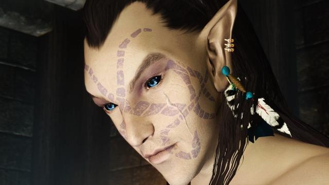 Темный эльф с глазами цвета сапфира