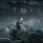 На кладбище ...
