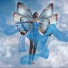 Бабочка крылышками бяк, бяк, бяк...