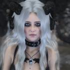 Рогатая ведьма