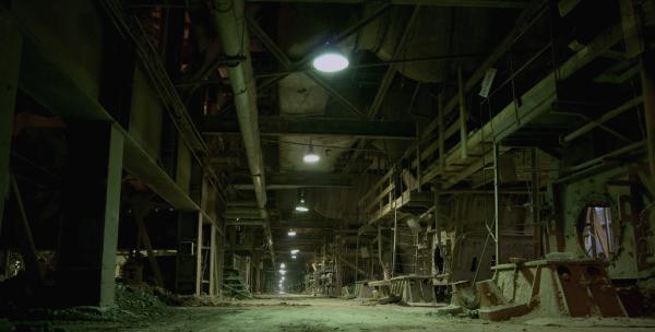 pre_1624273880__depositphotos_6930857-stock-photo-old-abandoned-factory.jpg